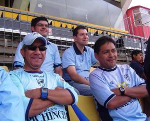 """A los 21 días retornaron los hinchas """"Camarattas"""" al estadio para ver ganar al """"Trencito Azul"""""""