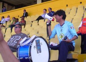 """El Dr. Patricio Cobos también volvió al estadio para alentar al """"Trencito Azul"""" seguramente pidió permiso..!"""